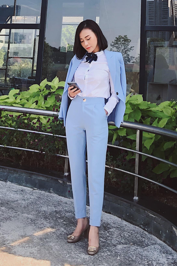 ACTRESS PHUONG OANH | BABY BLUE HOBB SUIT JACKET