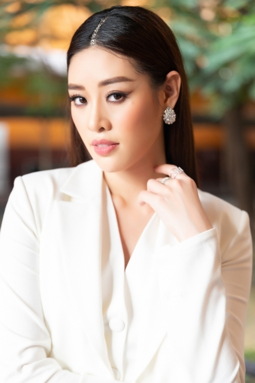 MS KHANH VAN